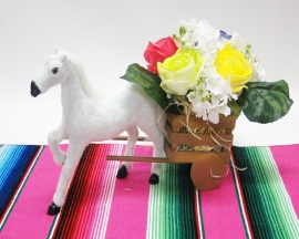 WOOD CARRIAGE CENTERPIECE